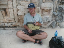 Kybi having lunch at Uxmal