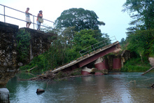 Bridge collapse before Waspan